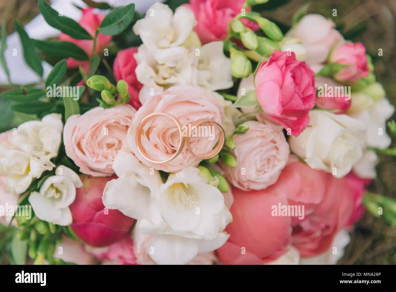 Bouquet of flowers. The bride\'s bouquet. Bridal bouquet. Floristics ...