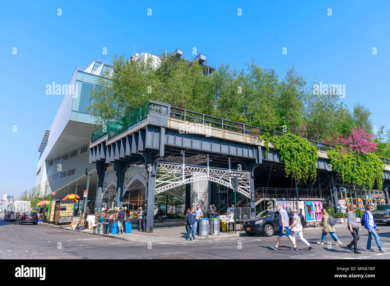 Manhattan, New York City - June 14, 2017 : Scenery of the HIgh Line. Urban public park on an historic freight rail line, New York City, Manhattan. Stock Photo