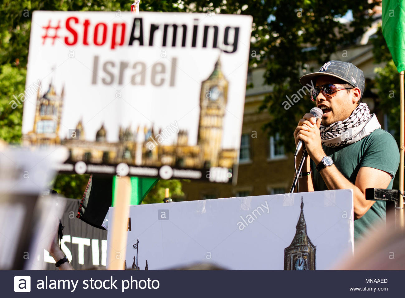 London, Great Britain. 15th May 2018. After more than 50 people were killed and 2000 wounded by Israeli soldiers in Gaza, the Palestine Solidarity Campaign, supported by Stop The War Coalition and the Muslim Association of Britain organised a protest against the 70 years of Nakba, and for the right of the Palestinians to return to their homeland. Credit: David Nash/Alamy Live News - Stock Image