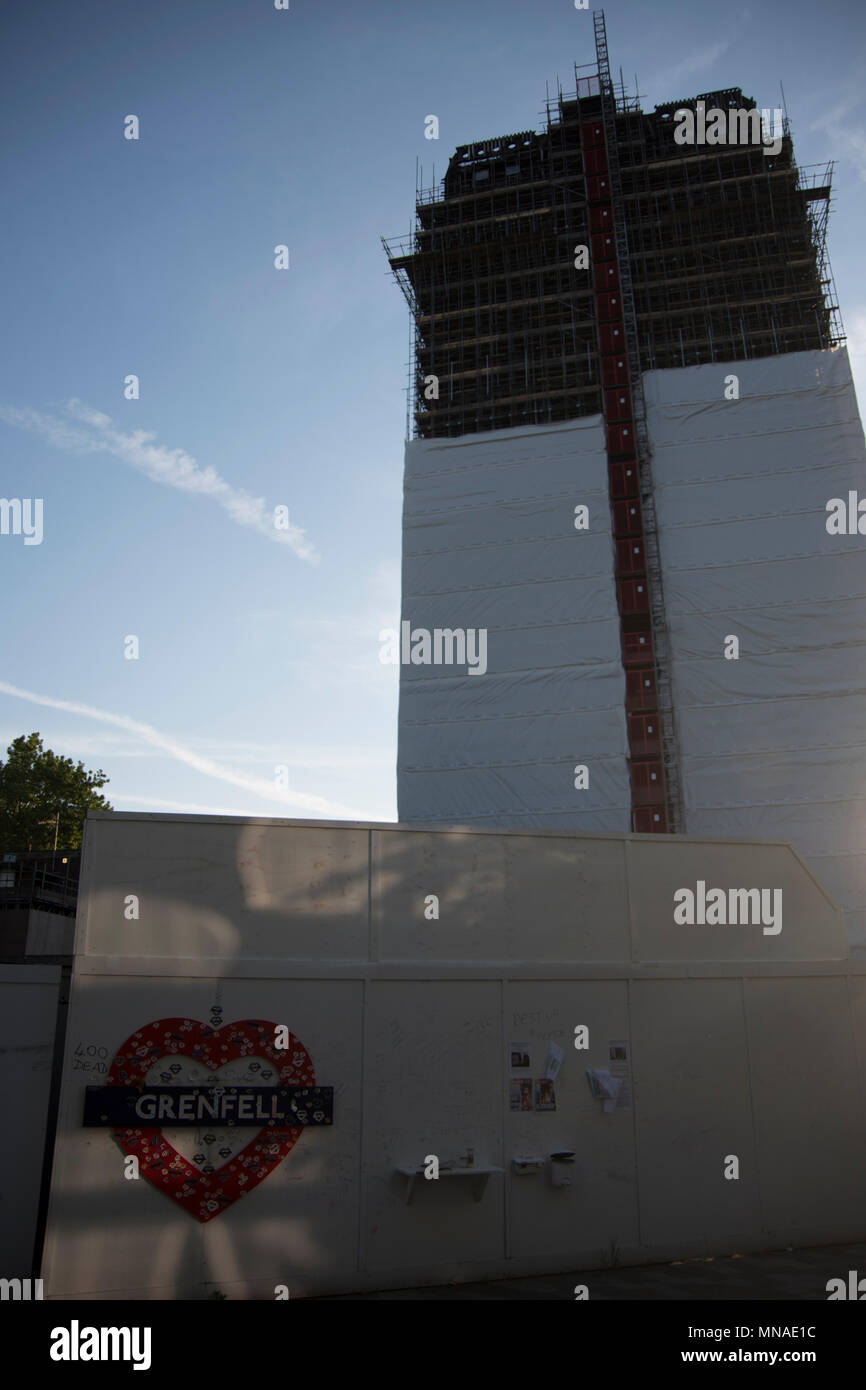London, UK, 15th May 2018 Evening. Grenfell Tower, Scene of the disastrous fatal fire one month before the first anniversary when the Hotpoint Fridge Freezer FF175B is deemed safe by an investigation. Credit ibeep Images/Alamy Live News - Stock Image