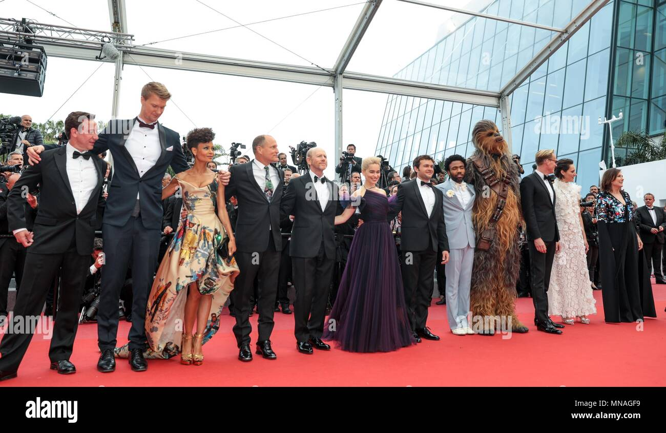 Cannes, France. 15th may 2018. Joonas Suotamo, Than Newton, Woody Harrelson, Ron Howard, Donald Glover, Emilia Clarke, Alden Ehrenreich, Actors And Ector Solo: A Star Wars Story, Premiere. 71 St Cannes Film Festival Cannes, France 15 May 2018 Dja1909 Credit: Allstar Picture Library/Alamy Live News Credit: Allstar Picture Library/Alamy Live News - Stock Image