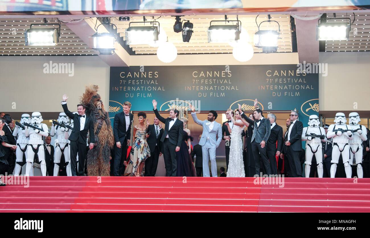Cannes, France. 15th may 2018. Joonas Suotamo, Than Newton, Woody Harrelson, Ron Howard, Donald Glover, Emilia Clarke, Alden Ehrenreich, Actors And Ector Solo: A Star Wars Story, Premiere. 71 St Cannes Film Festival Cannes, France 15 May 2018 Dja1912 Credit: Allstar Picture Library/Alamy Live News Credit: Allstar Picture Library/Alamy Live News - Stock Image