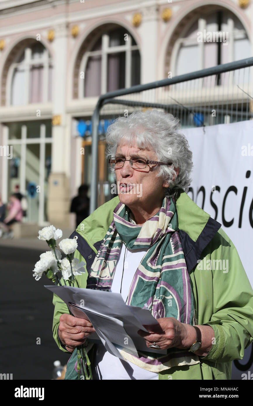 Manchester, UK. 15th May 2018. A group gather to mark Conscientious Objectors Day where the lives of those who have, and those who continue to resist war by refusing to take part, are celebrated, St Anns Square, Manchester,15th May, 2018 (C)Barbara Cook/Alamy Live News - Stock Image