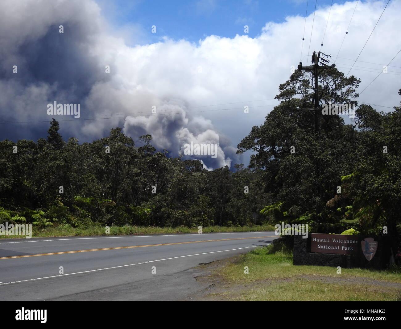 Kilauea Volcano, Hawaii. 15th May 2018. Ash Plume from Kilauea Volcano Hawaii today (05/15/2018 HST) or 05/16/2018 Credit: Volcano Resident/Alamy Live News Stock Photo