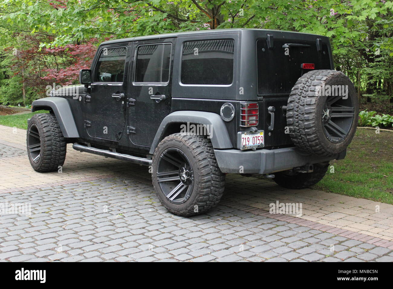 Black Jeep High Resolution Stock Photography And Images Alamy