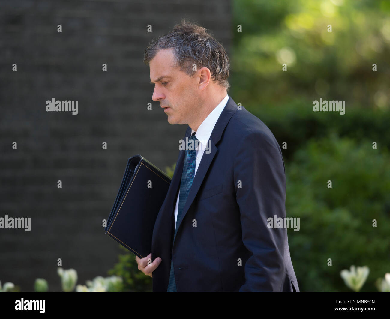 London, UK. 15 May 2018. Julian Smith, Chief Whip in Downing Street for weekly Cabinet meeting. - Stock Image