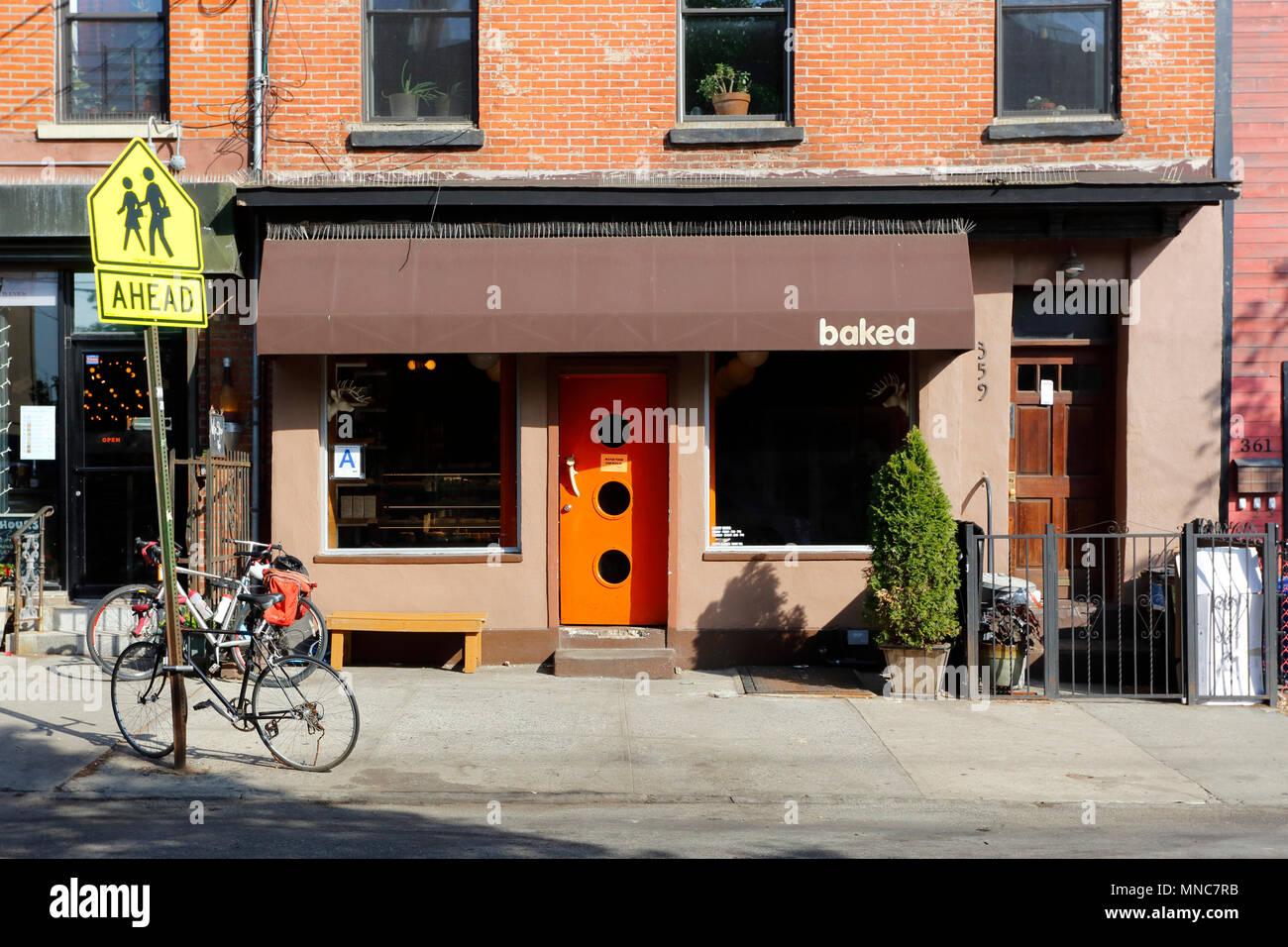 Baked, 359 Van Brunt St, Brooklyn, NY - Stock Image