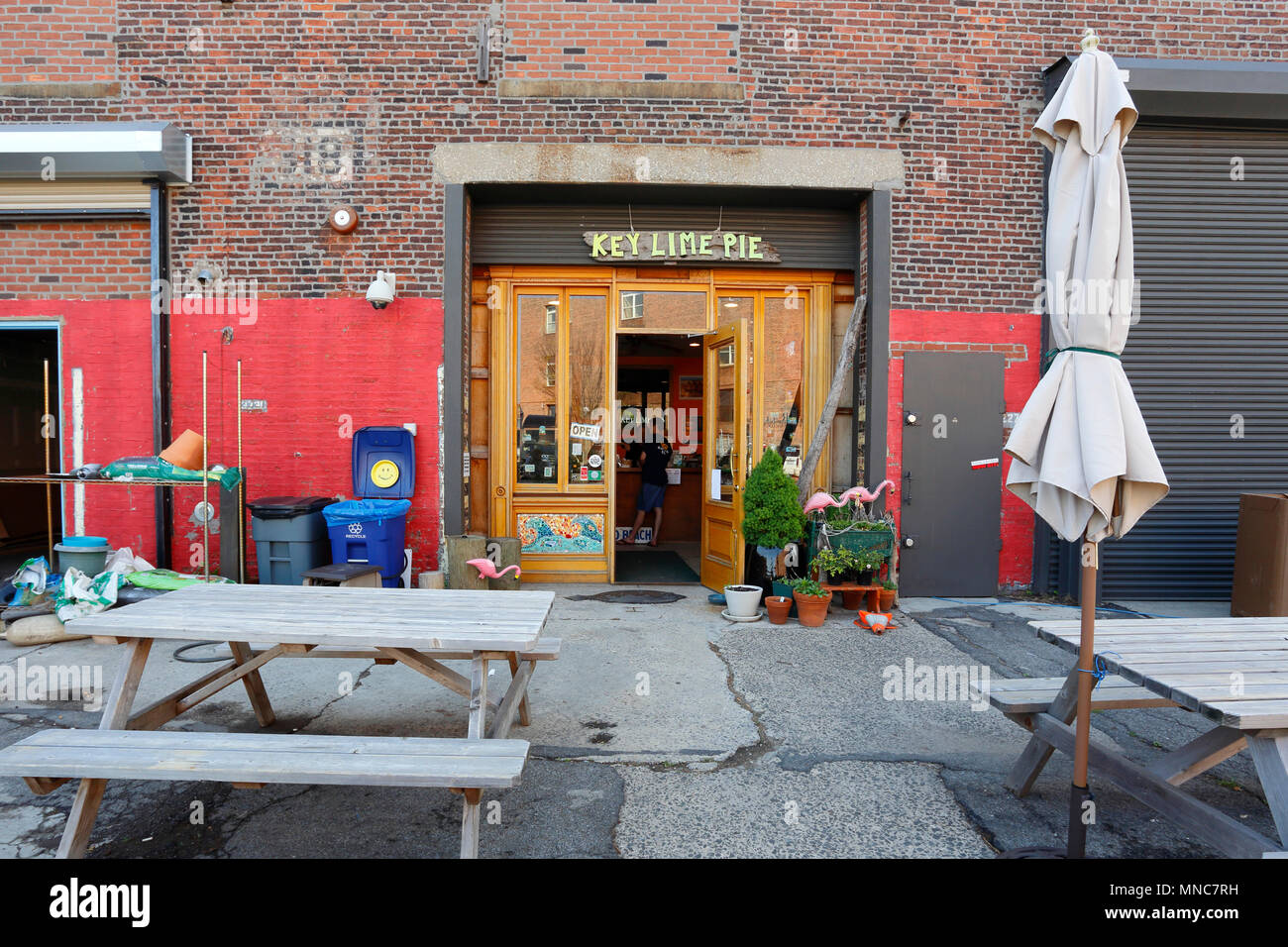 Steve's Key Lime Pie, 185 Van Dyke St, Brooklyn, NY - Stock Image