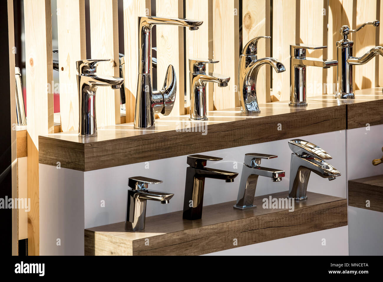 Shop Kitchen Faucets | Variety Of Vintage Chrome And Silver Metal Kitchen Faucets In The