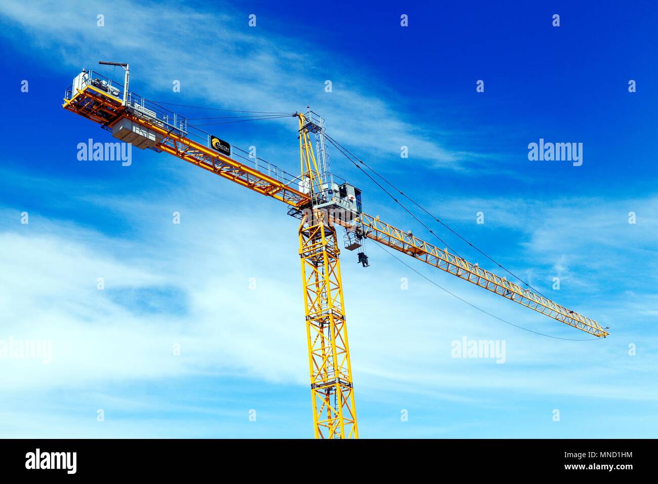 Falcon Tower Crane Services, construction crane, building site, Hunstanton, Norfolk, UK, England, detail, building, industry - Stock Image