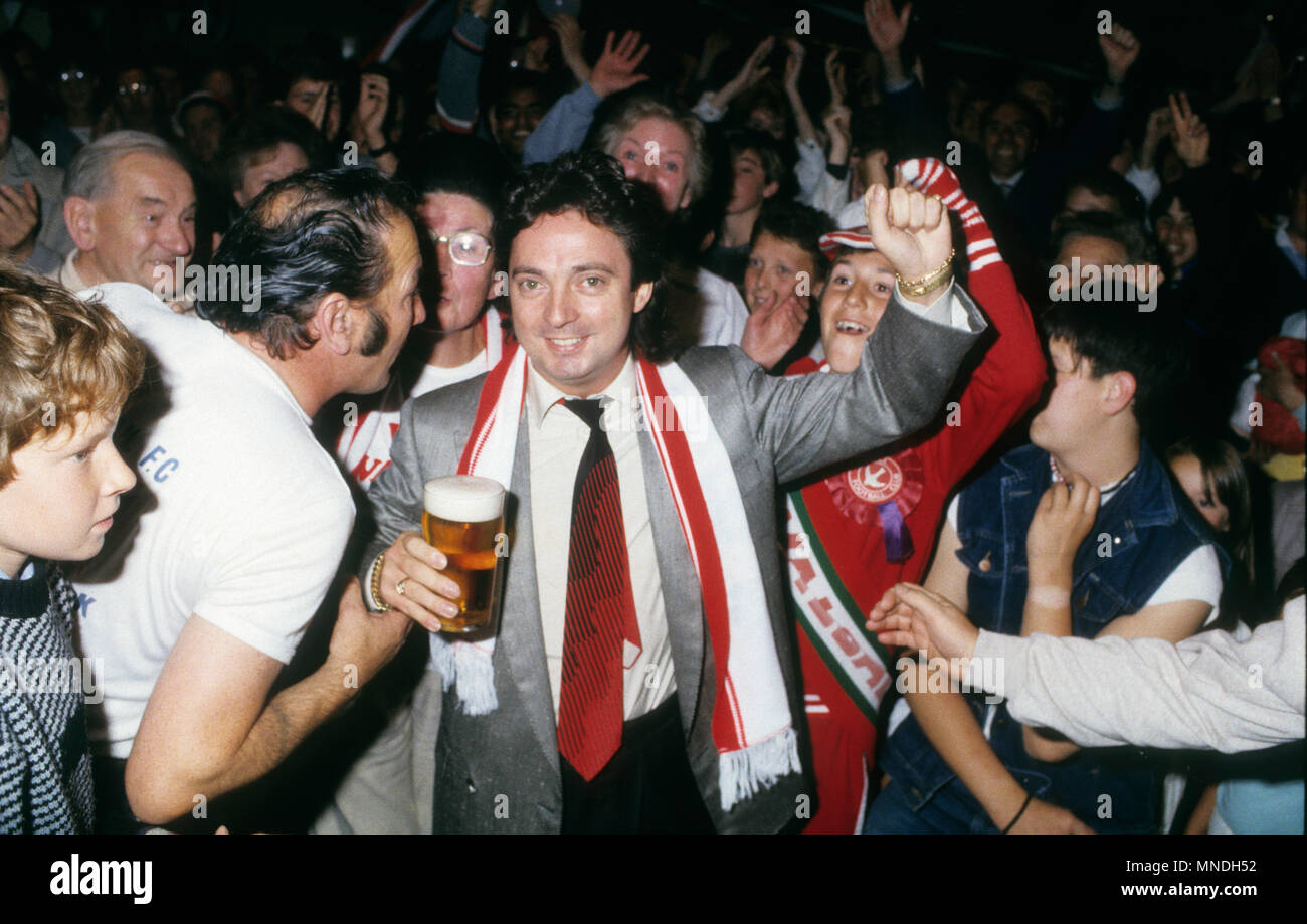 Millionaire entrepreneur and racehorse owner Terry Ramsden takes over Walsall FC 1986 Stock Photo