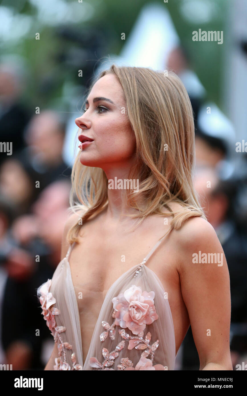 Cannes, France. 16th May, 2018. Kimberley Garner poses on the red carpet during the premiere of the film 'Burning' at the 71st Cannes International Film Festival in Cannes, France, on May 16, 2018. The 71st Cannes International Film Festival is held from May 8 to May 19. Credit: Luo Huanhuan/Xinhua/Alamy Live News - Stock Image