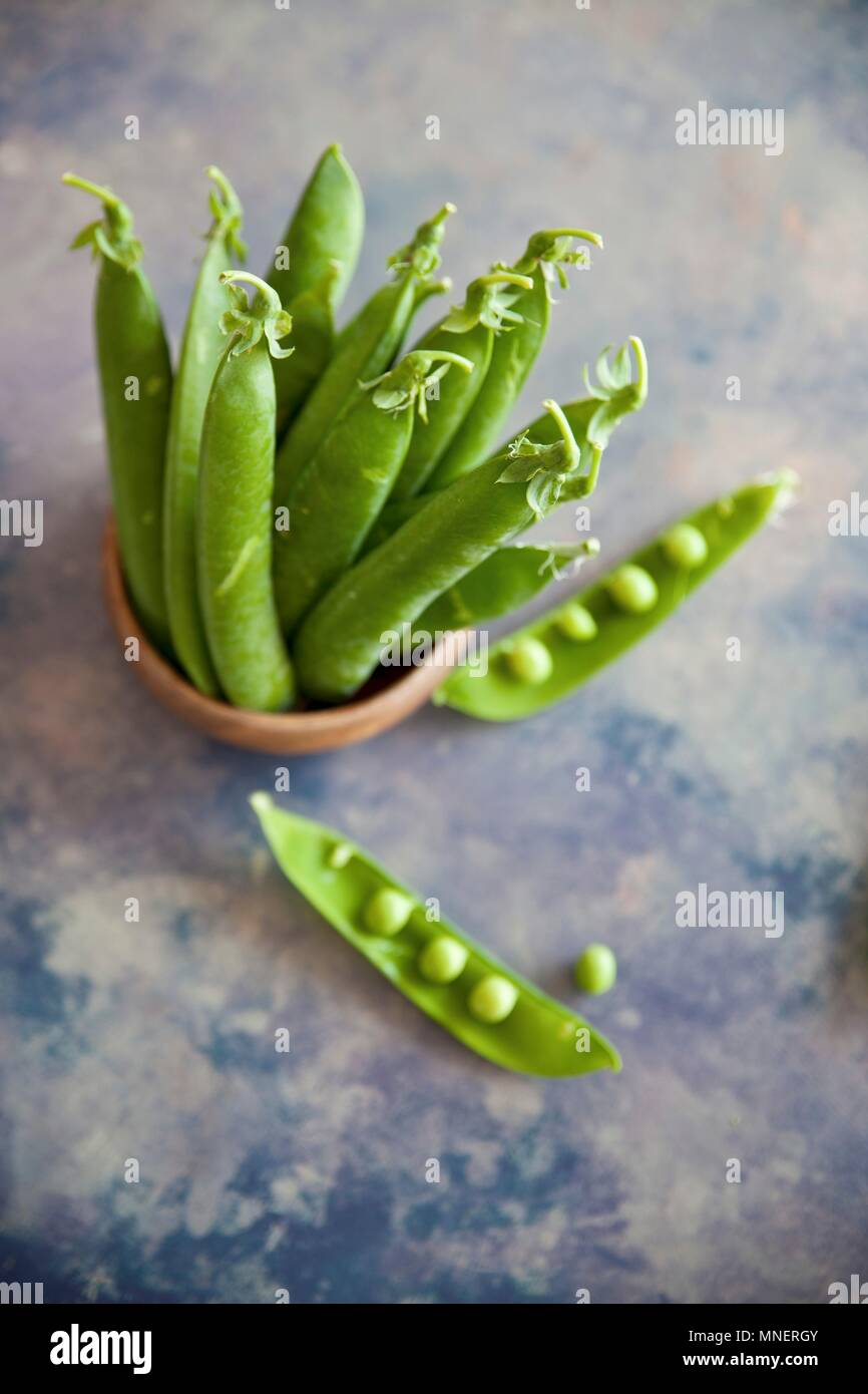 Peas whole and Split Open - Stock Image