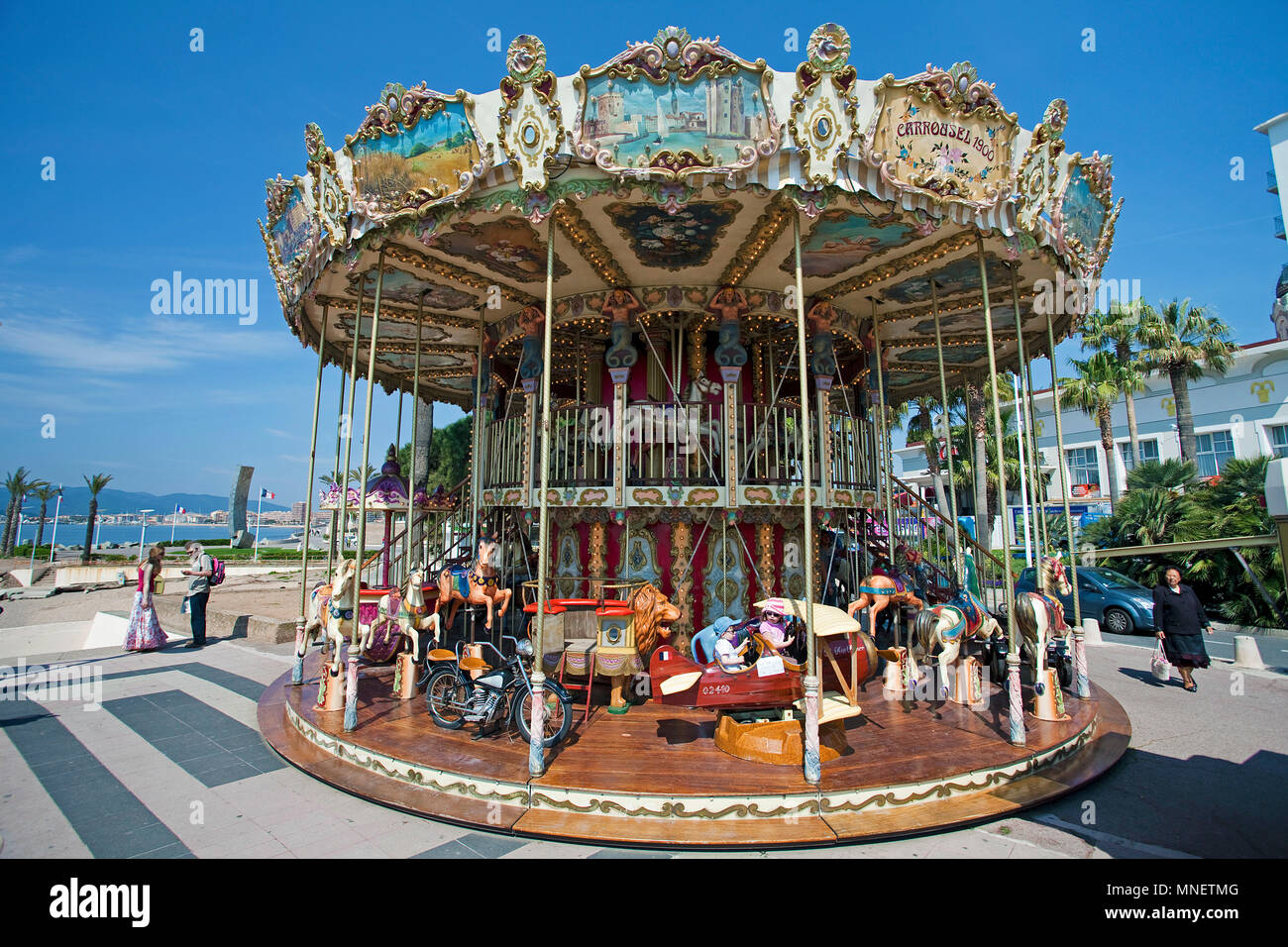 Kinderkarussell Stock Photos Kinderkarussell Stock Images Alamy