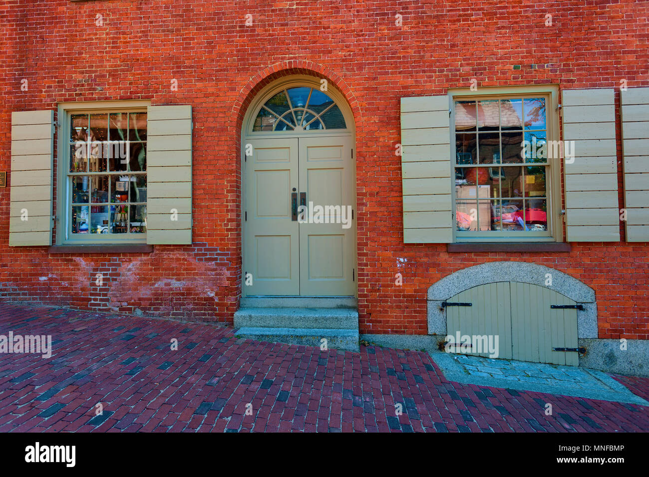 Salem, Massachusetts,USA - September 14, 2016: This novelty shop is located in an historical building in Salem Massachusetts. - Stock Image
