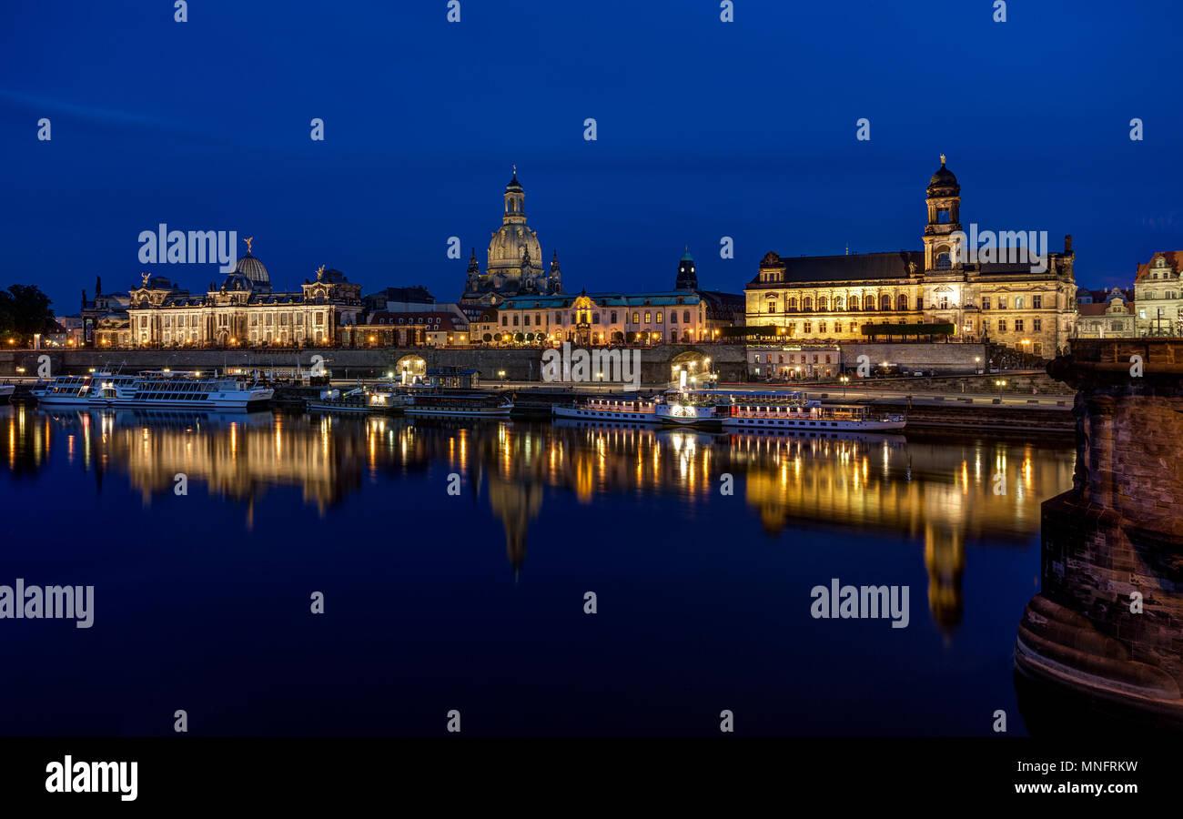 Dresden - Terrassenufer - Brühlsche Terrasse. - Stock Image