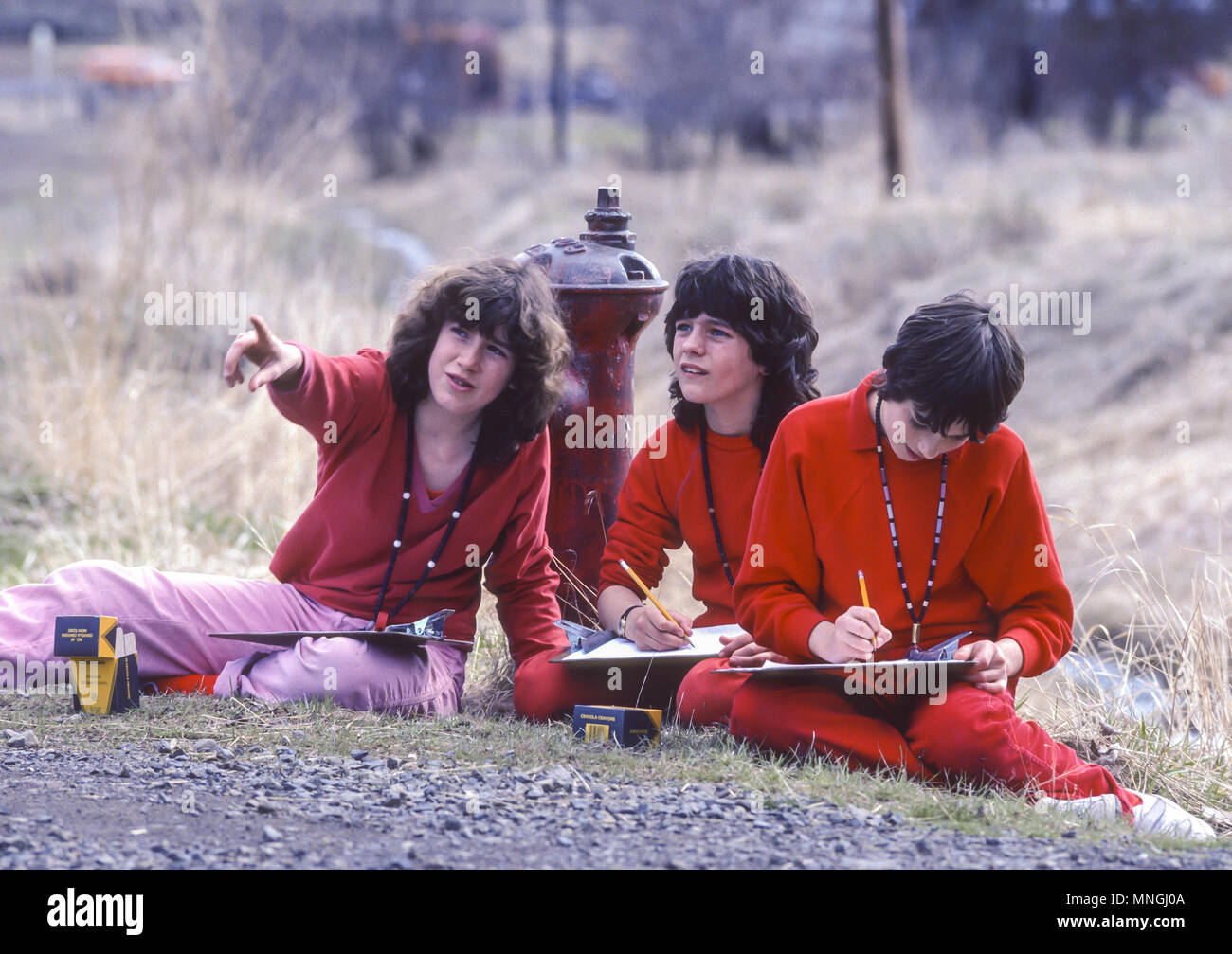 ANTELOPE, OREGON, USA - Rajneeshees, followers of religious cult leader Bhagwan Shree Rajneesh, sketching in town of Antelope. 1984 - Stock Image