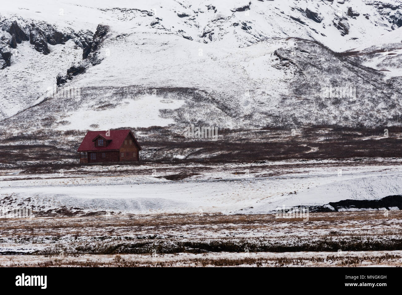 Lonely cabin in the icelandic back country at bad weather, april 2019 - Stock Image