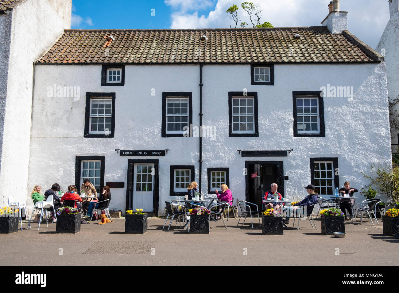 Cramond Gallery Bistro in village of Cramond outside Edinburgh, Scotland, UK - Stock Image