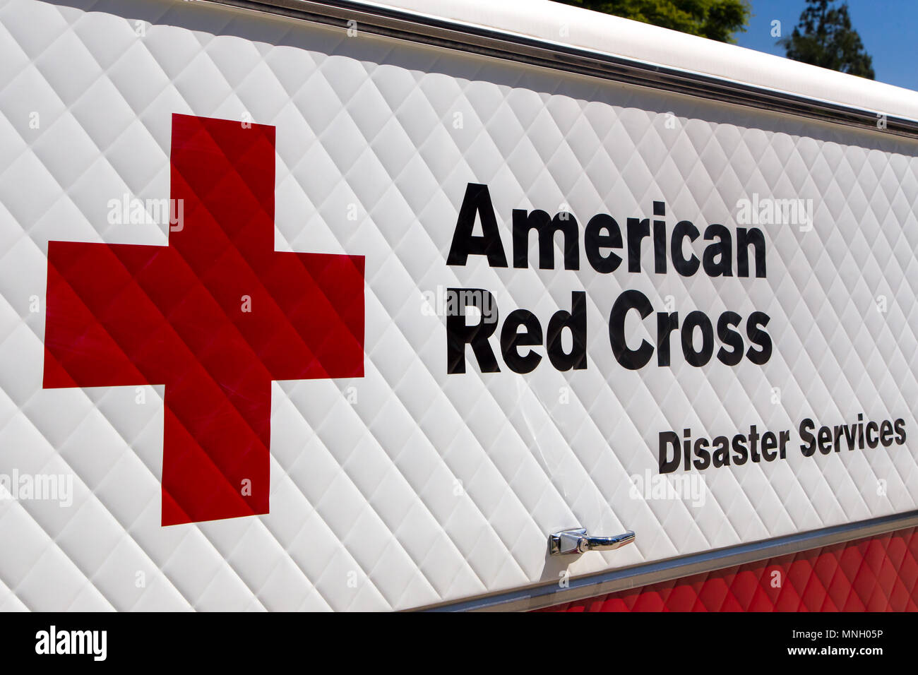 ARCADIA, CA/USA - APRIL 16, 2016: American Red Cross Disaster Services vehicle and logo. - Stock Image