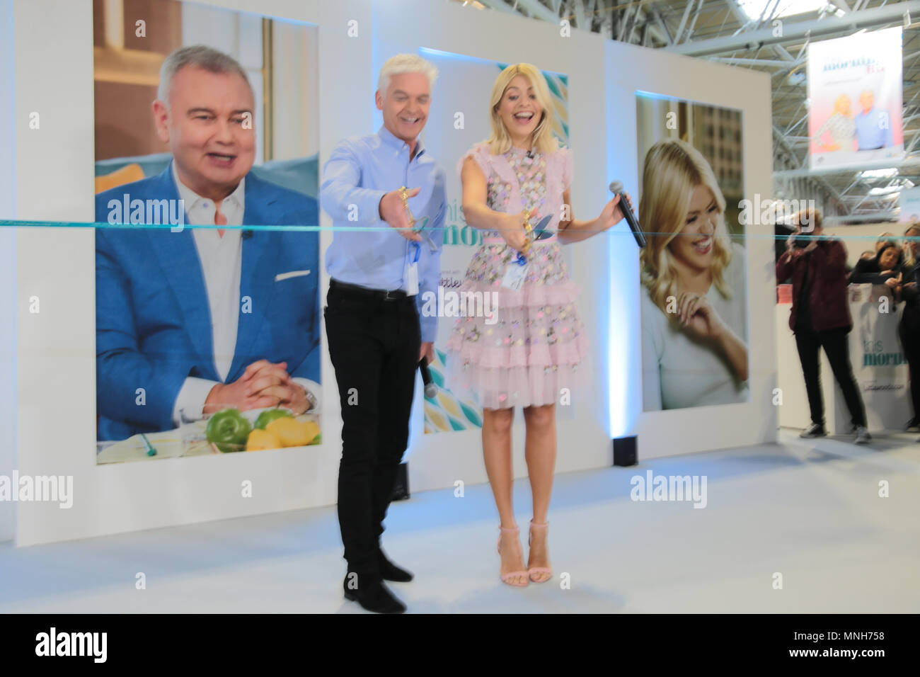 Birmingham UK 17 May 2018 This Morning live show in the NEC ,huge crowd come to see their favourites presenters Phil and Holly,a as te open the show by cutting the ribbon Credit: Paul Quezada-Neiman/Alamy Live News - Stock Image