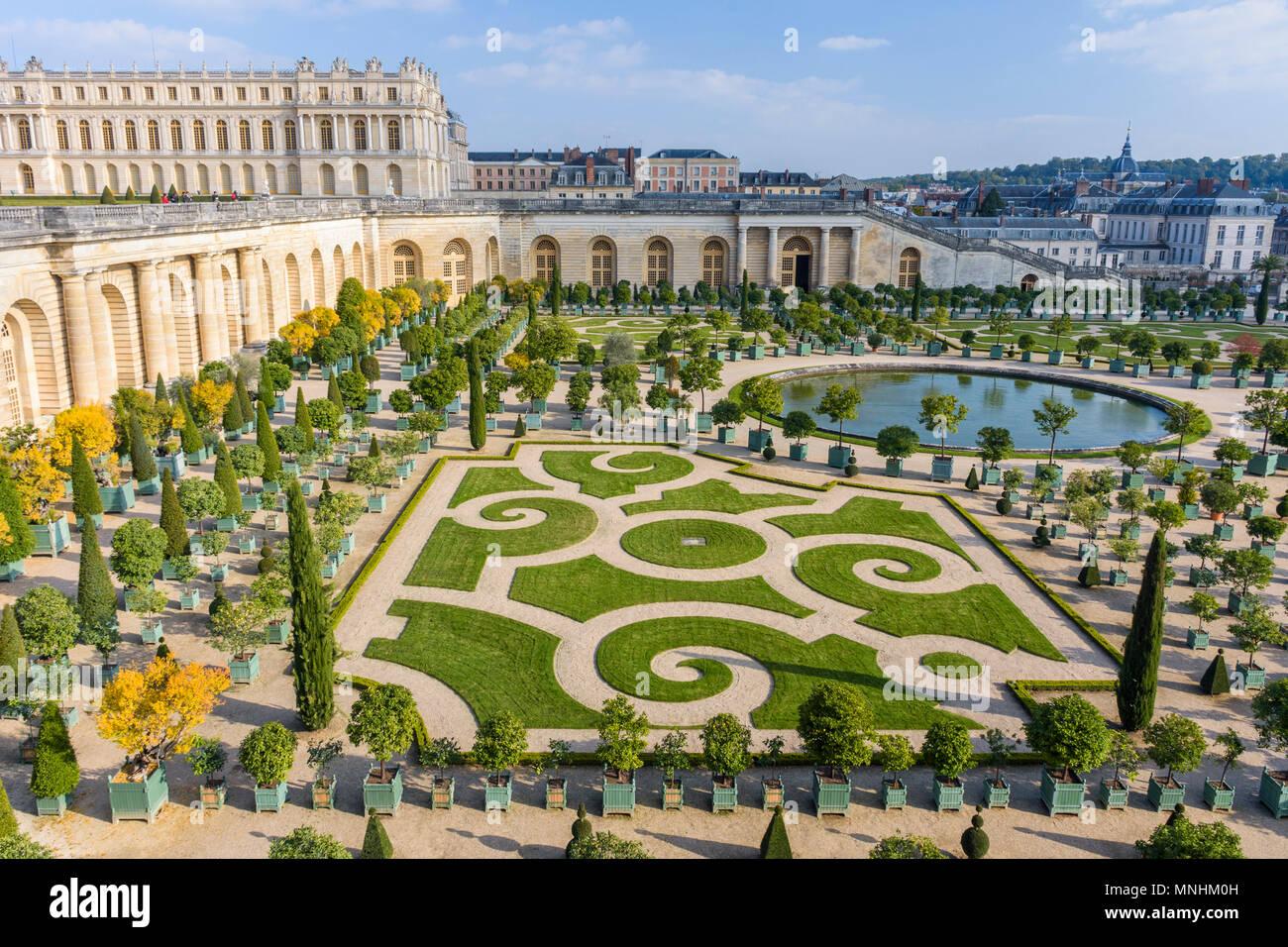 Beautiful gardens of Versailles Palace (Chateau de Versailles), Ile-de-France, France - Stock Image