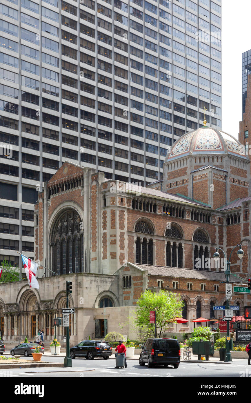 Saint Bartholomew's Episcopal Church, Park Avenue, Midtown, New Town New York city USA - Stock Image