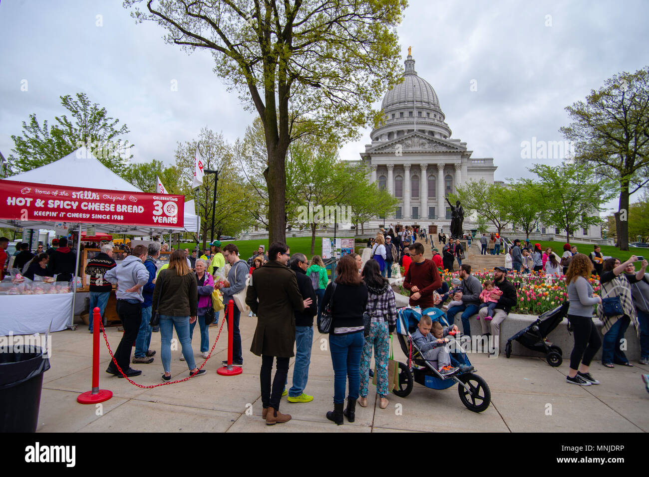 Madison Wi Exactly How Many Square >> Photograph From The Madison Wisconsin Saturday Morning