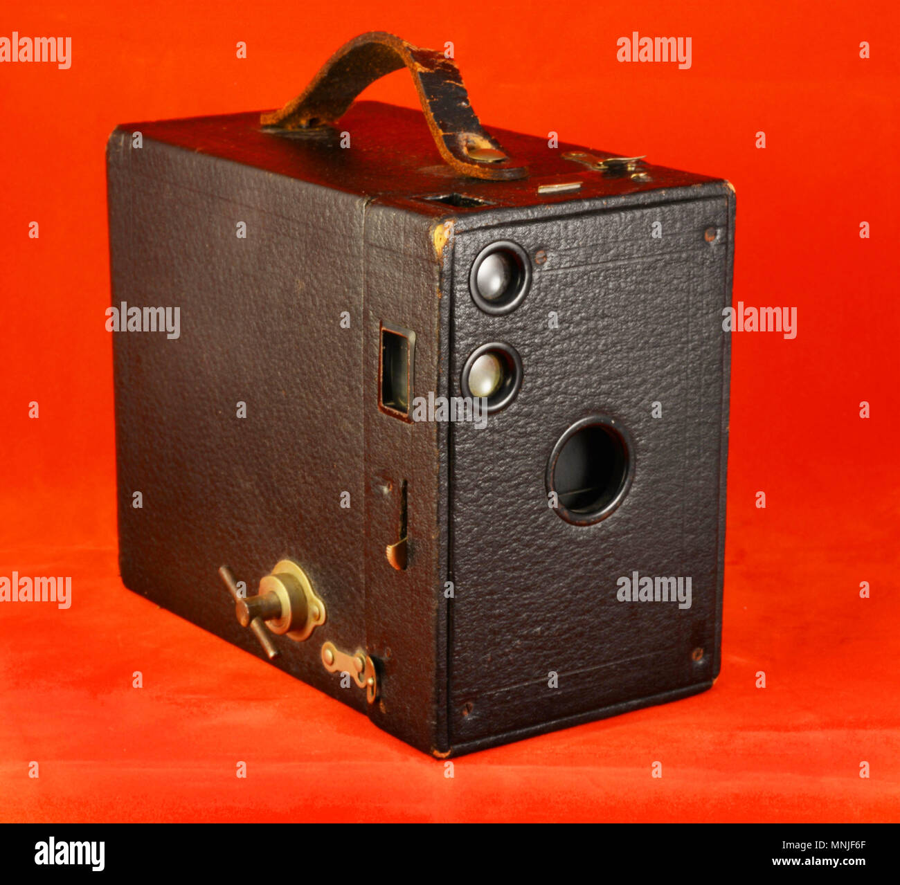 The Kodak No. 2A Brownie Model B is a box camera that uses 116 film, it was introduced in 1907 and manufactured until 1933 by the Eastman Kodak Co. NY - Stock Image
