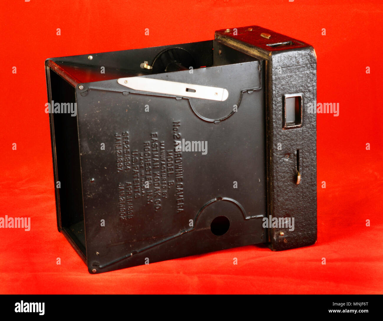 The Kodak No 2a Brownie Model B Is A Box Camera That Uses 116 Film It Was Introduced In 1907 And Manufactured Until 1933 By The Eastman Kodak Co Ny Stock Photo Alamy