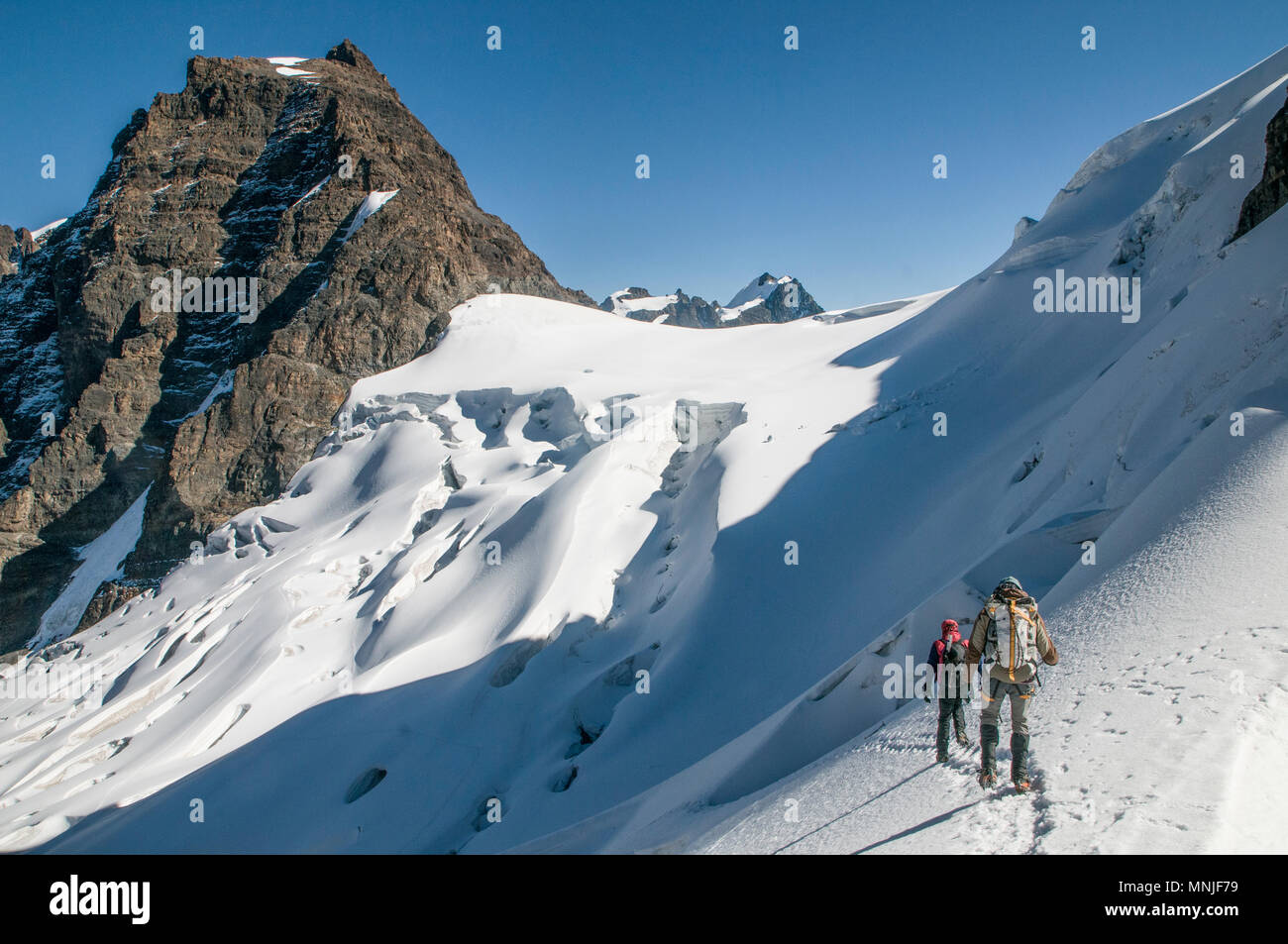 Treking in the Cordillera Real region of the Bolivian Andes. - Stock Image