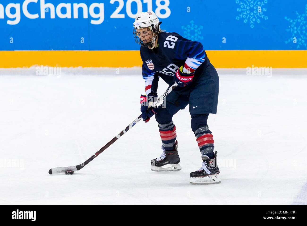 Amanda Kessel (USA) #28 during USA-FInland Women\'s Hockey ...
