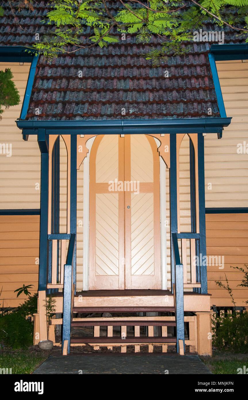 Rustic Presbyterian timber church in inner-suburban Windsor, Brisbane, Queensland, Australia - Stock Image