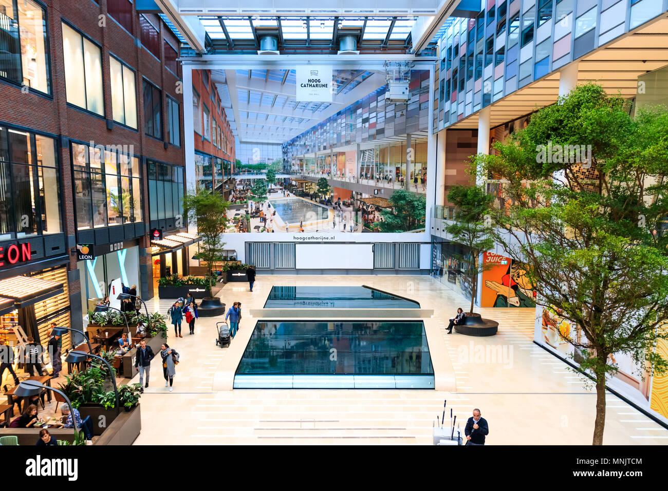 Netherlands, Utrecht, 16 November 2017 - Hoog Catharijne Shopping Mall In  Utrecht