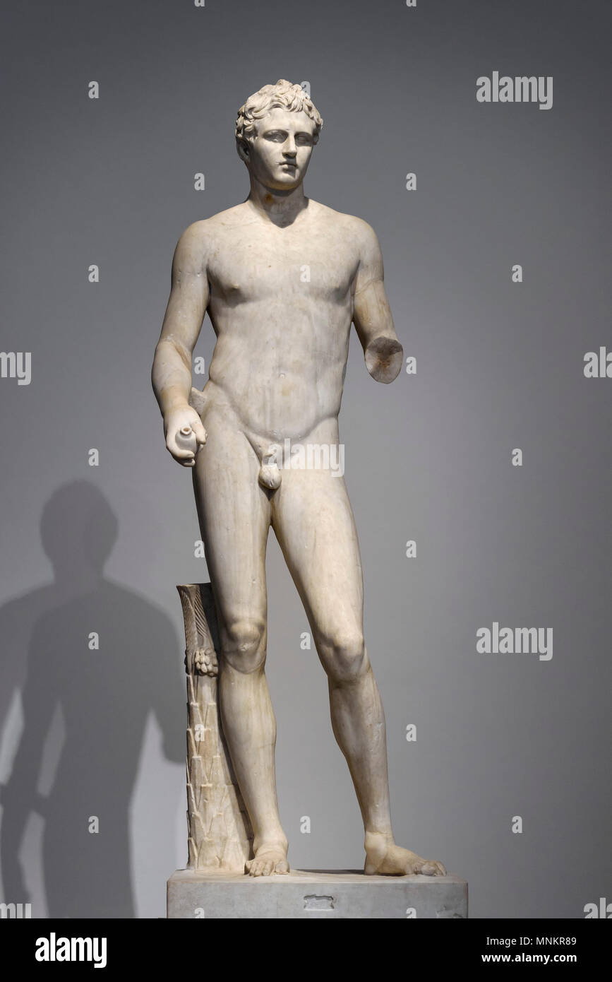 Berlin. Germany. Altes Museum. Statue of a Victor aka The Berlin Athlete, Roman sculpture (probably from the 2nd half of the 1st century BC) after a G - Stock Image