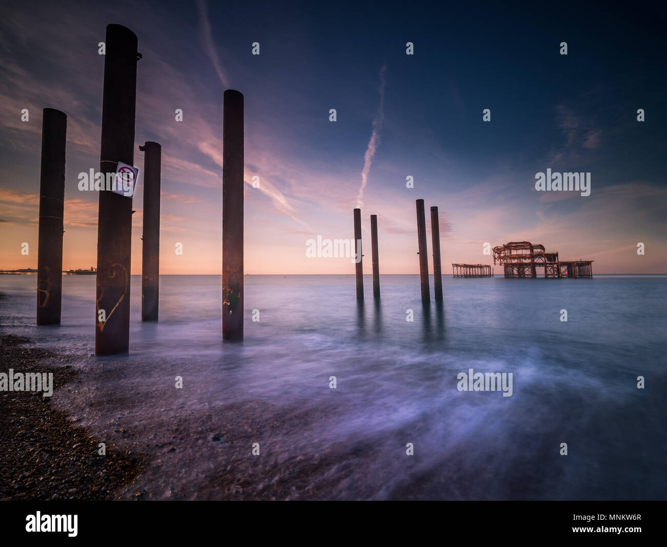 Brighton West Pier Ebb - Stock Image
