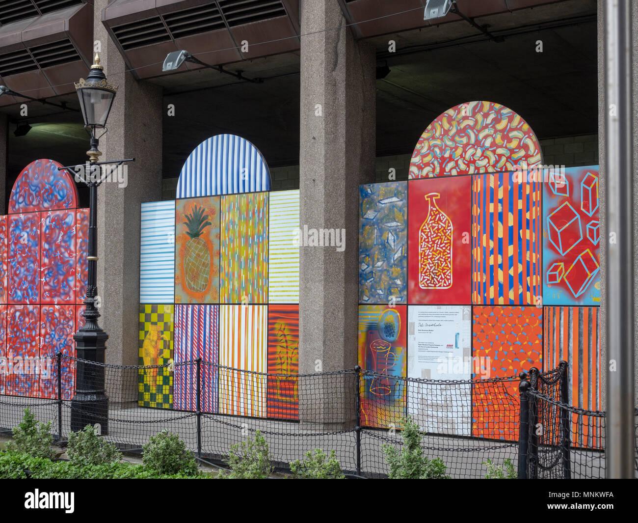 Vitreous enamel panels by artist Dale Devereux Barker, 1998 – Taylor Woodrow Properties, Clositer's Walk, St. Katherine's Docks, London, UK. - Stock Image