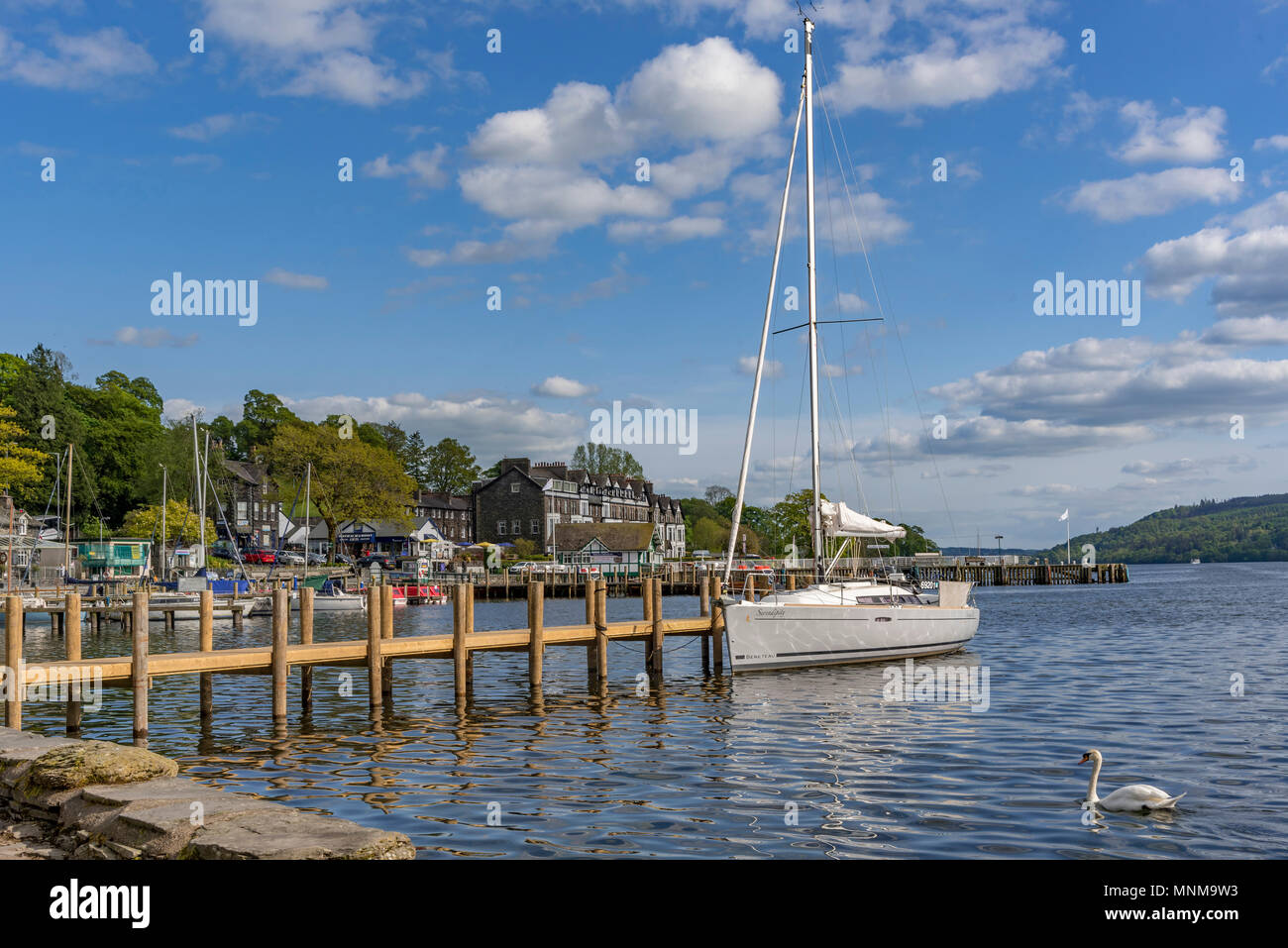 Ambleside evening with yacht and swan - Stock Image