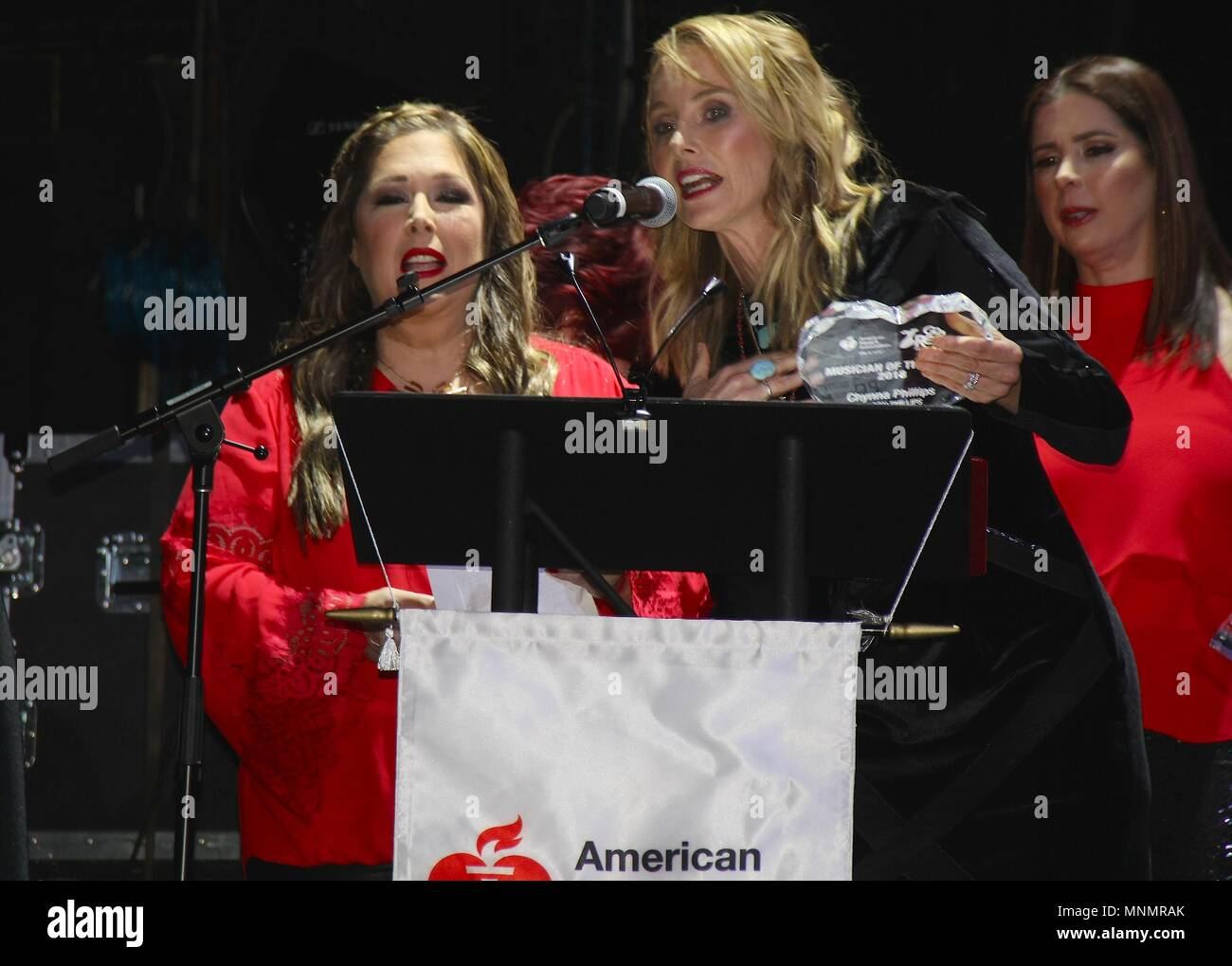 Hollywood, California, USA. 17th May, 2018. I15986CHW.The American Heart Association Presents The 3rd Annual ROCK THE RED Music Benefit .Avalon Hollywood, Los Angeles, CA USA.05/17/2018.CARNIE WILSON, CHYNNA PHILLIPS AND WENDY WILSON . © Clinton H.Wallace/Photomundo International/ Photos Inc Credit: Clinton Wallace/Globe Photos/ZUMA Wire/Alamy Live News - Stock Image