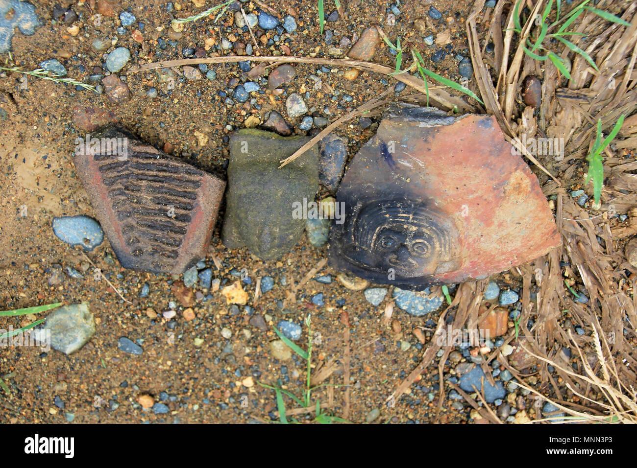 Pre-Columbian shard found on the island of La Tolita, in a river delta in Esmeraldas province, Ecuador - Stock Image