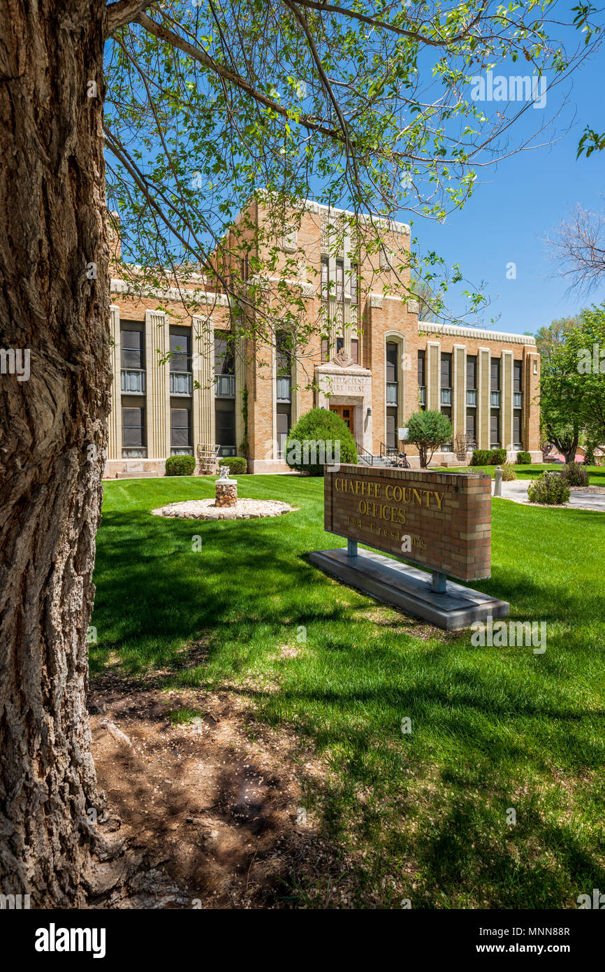 """Chaffee County Courthouse; """"Art Deco"""" style designed by architect Walter DeMordaunt; 1932; Colorado State Historical Register; Salida; Colorado; USA - Stock Image"""