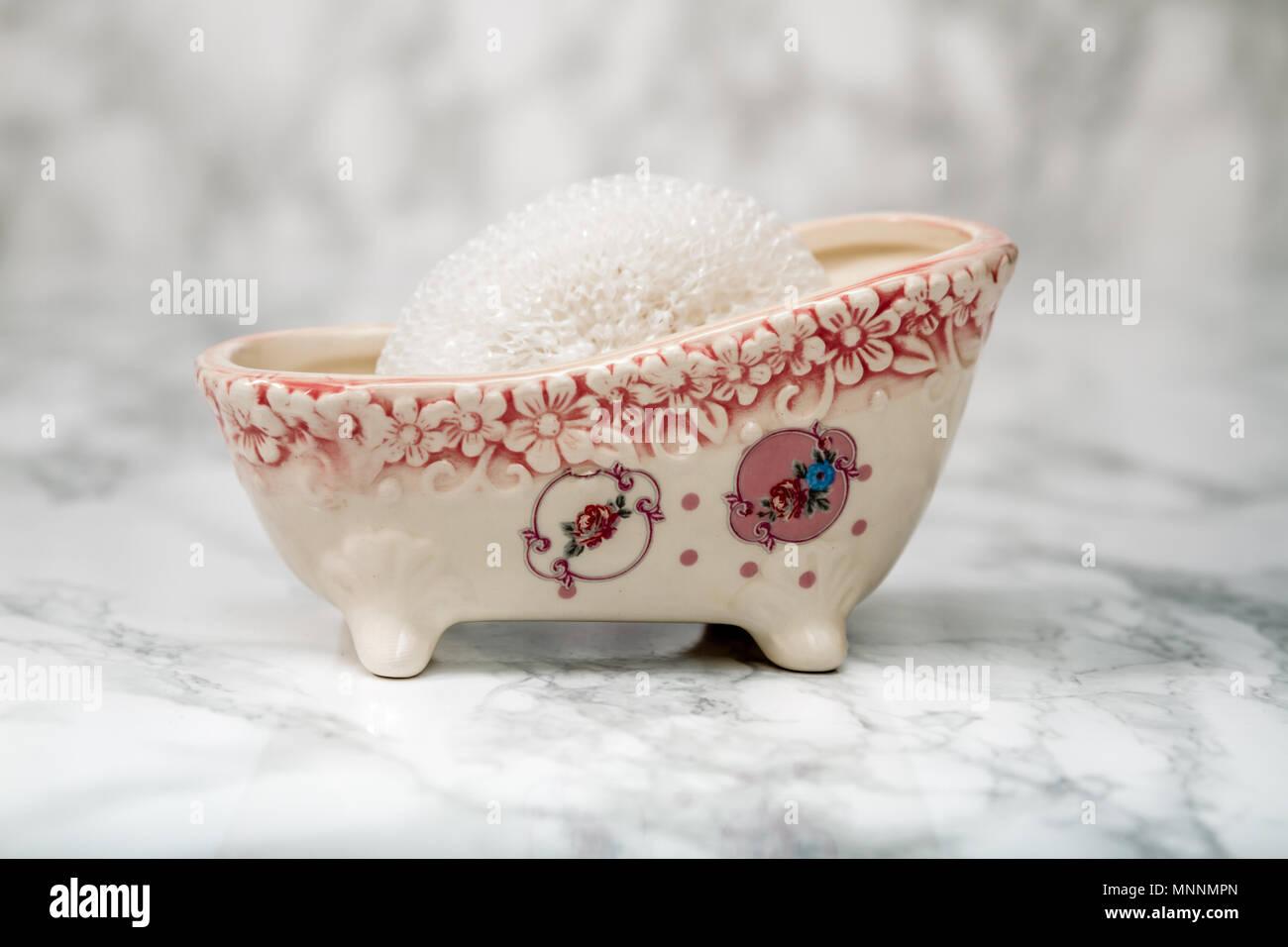 Decorative ceramic mini claw foot bathtub soap dish with bath sponge ...
