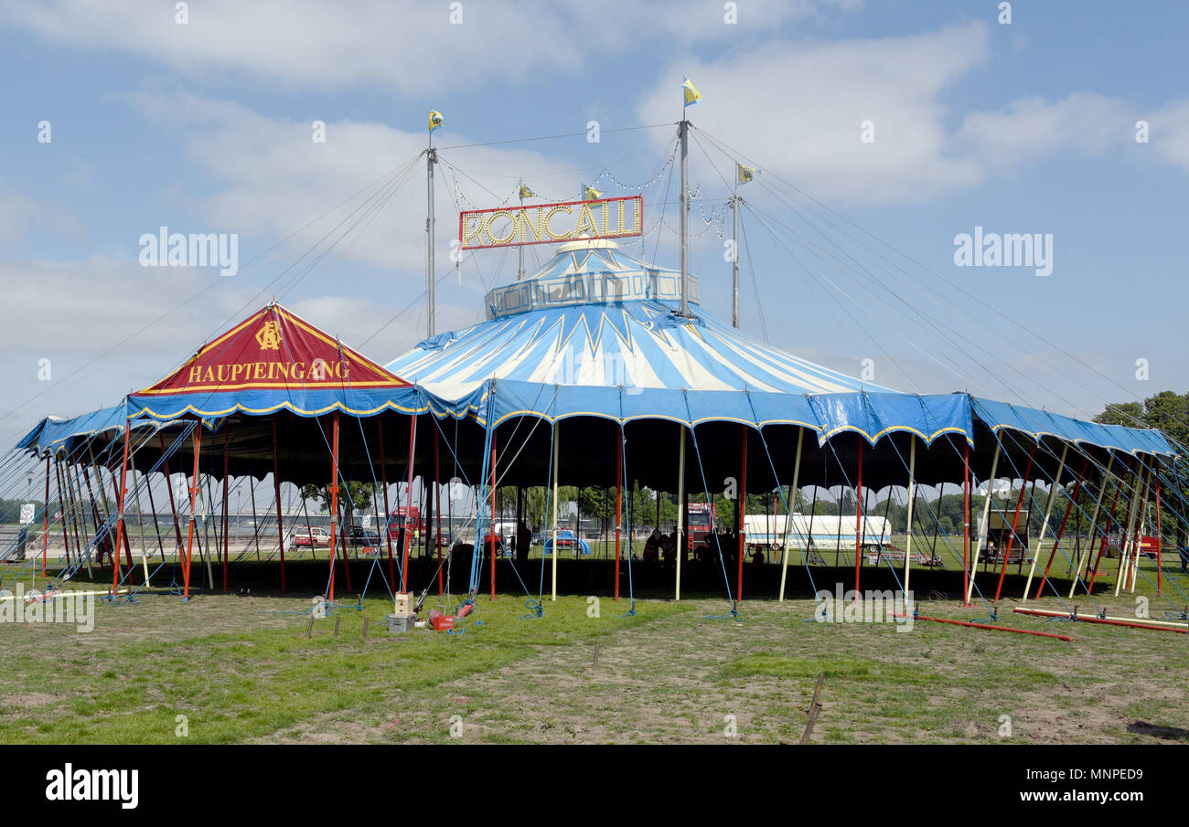 18 May 2018, Germany, Duesseldorf: The Circus Roncalli tent at the ...