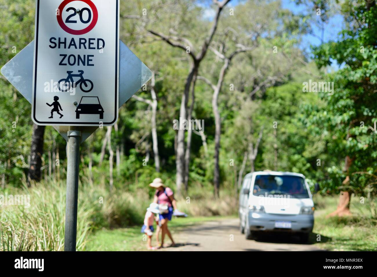 A shared zone sign, Jourama Falls, Bruce Hwy, Yuruga QLD, Australia - Stock Image