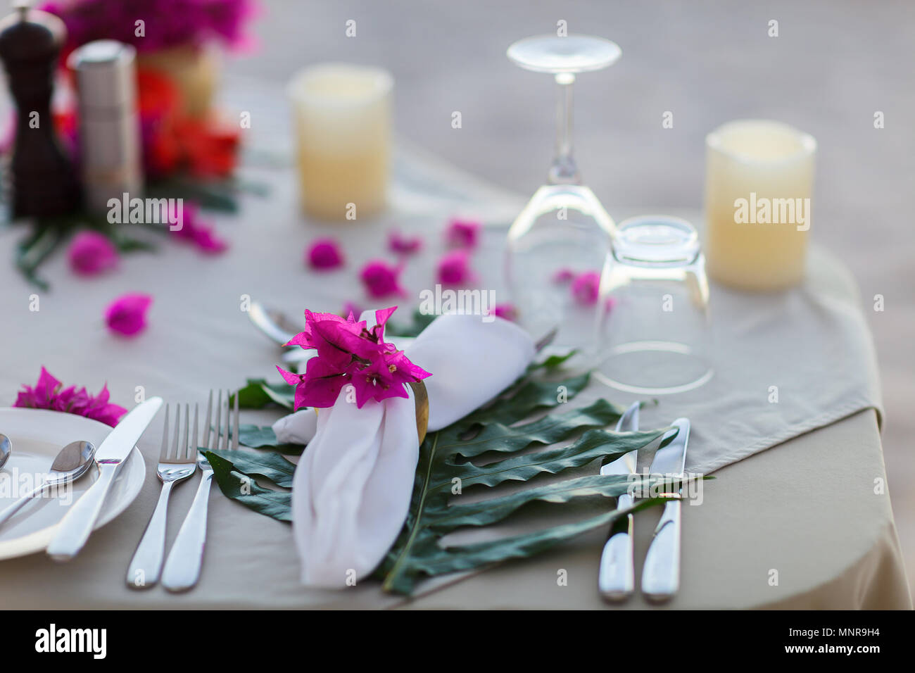 Beautifully served table for romantic event celebration or wedding - Stock Image