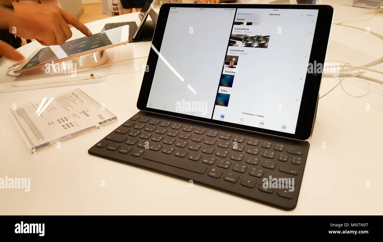BANGKOK, THAILAND - NOVEMBER 11, 2017: iStudio Shop at CentralWorld Shopping Mall is showing iPad Pro with Apple Pencil for a customer to test the iPa Stock Photo
