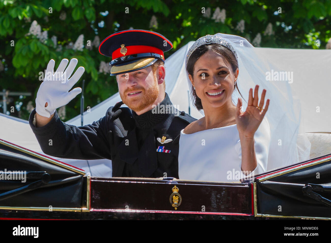 Prince harry and Meghan Markel, in the carriage after their wedding ceremony royal wedding, Windsor, prince harry, Stock Photo