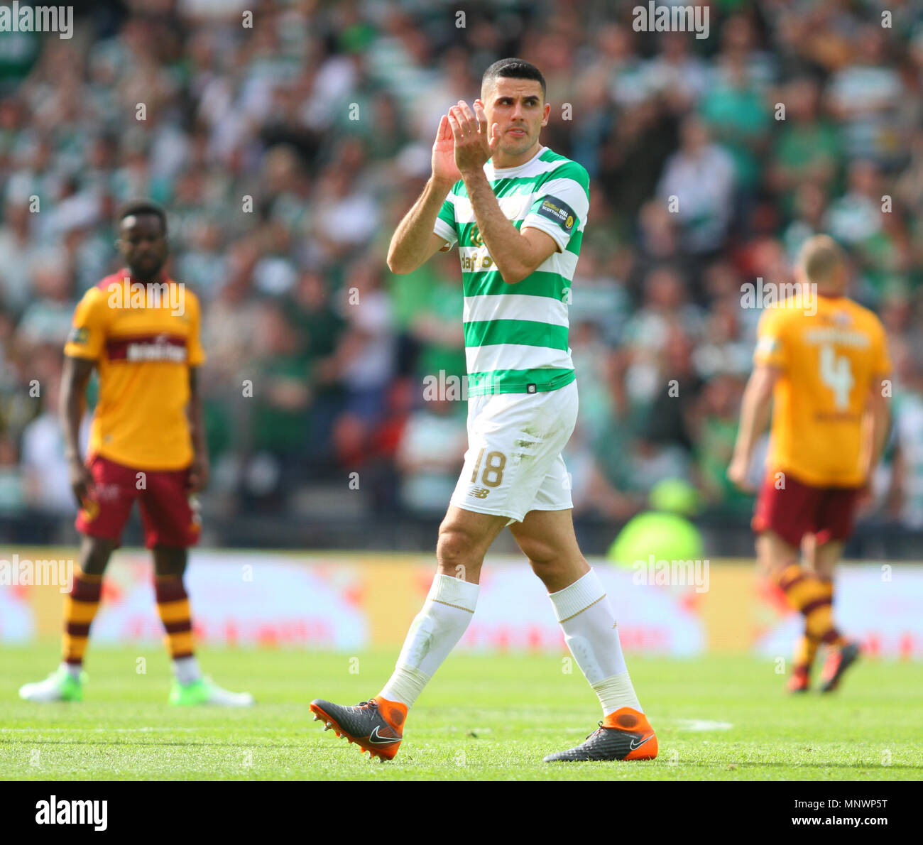 Hampden Park, Glasgow, UK. 19th May, 2018. Scottish Cup football final, Celtic versus Motherwell; Tom Rogic applauds the supporters Credit: Action Plus Sports/Alamy Live News - Stock Image