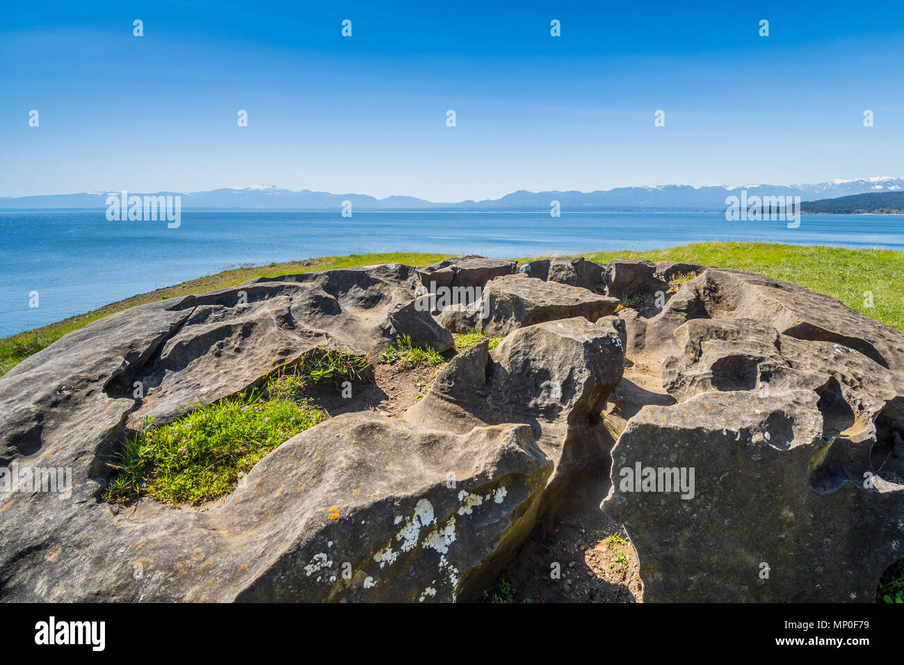 Rocky coastline, Helliwell Provincial Park, Hornby Island, BC, Canada. - Stock Image