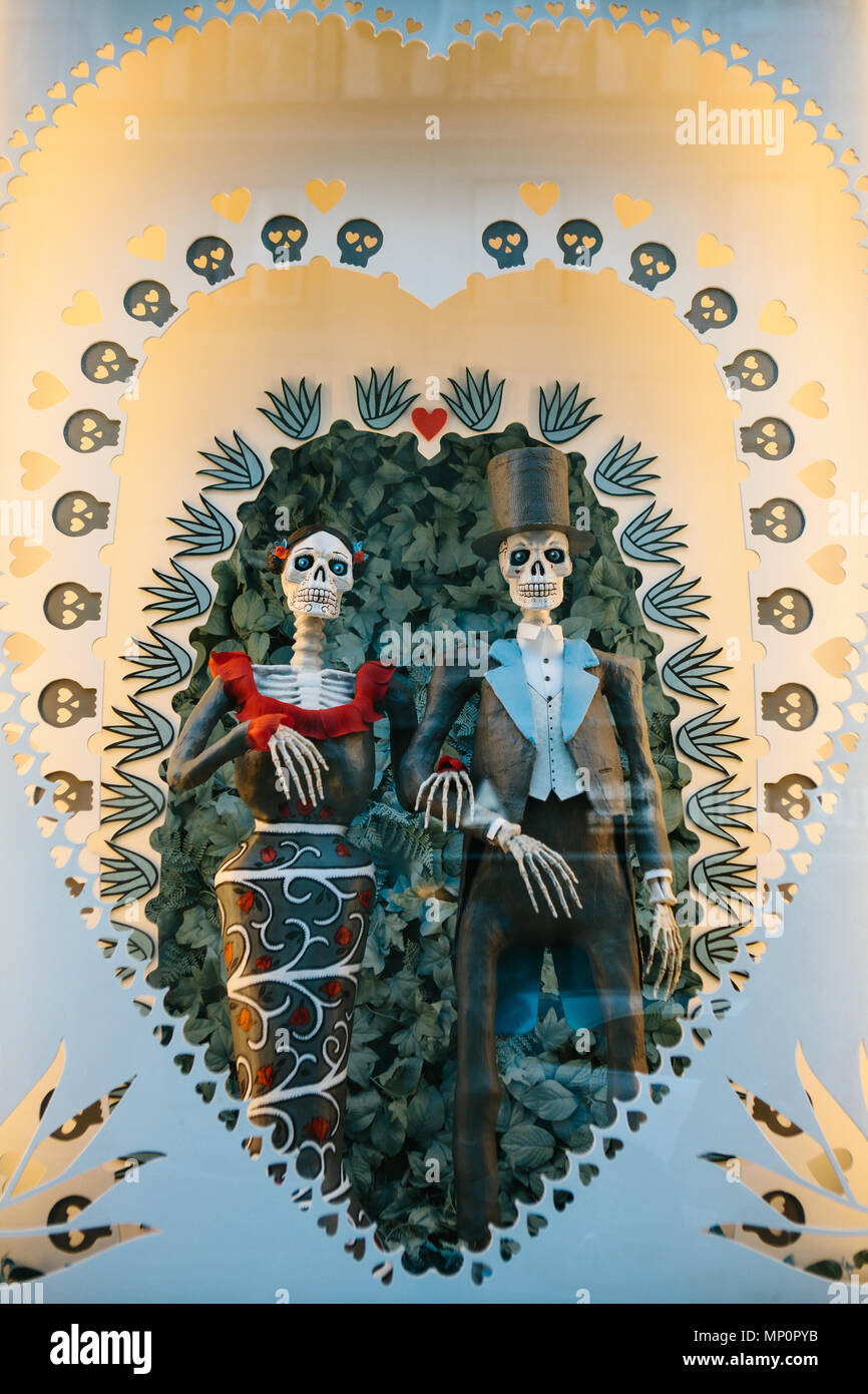 Lisbon Portugal 01 May 2018 Toy Skeleton Or Coco Or Symbol Of Love